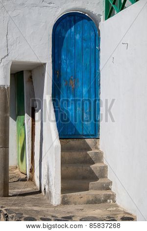 Spanish Doorways