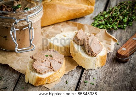 Homemade Chicken Liver Pate With Fresh Baguette And Thyme