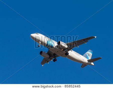Passenger Aircraft Airbus A320,