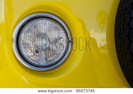 Classic T1 Yellow Van Headlight Detail