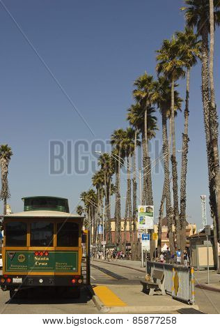 Santa Cruz main promenade and a public tram