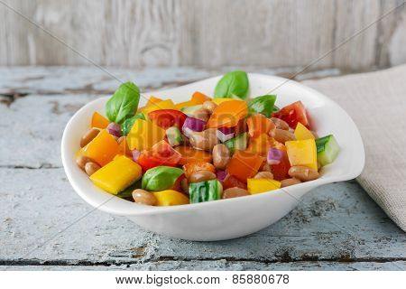 salad with beans bell pepper and tomato cucumber