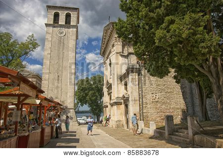 City Of Pula Tourist Street Market Near Cathedral