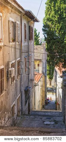 Narrow Street In Pula