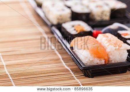 Convenient Sushi