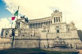 picture of altar  - The Altare della Patria  - JPG