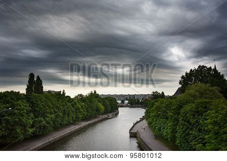 Dark Clouds Asperatus Over Kaliningrad