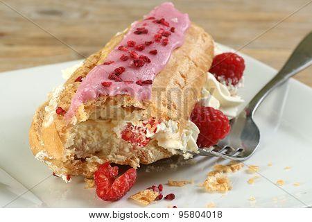 Raspberry Eclair