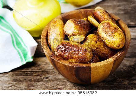 Roasted Potato With Sauce