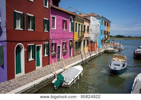 Colorful Houses In Burano, Venice Italy