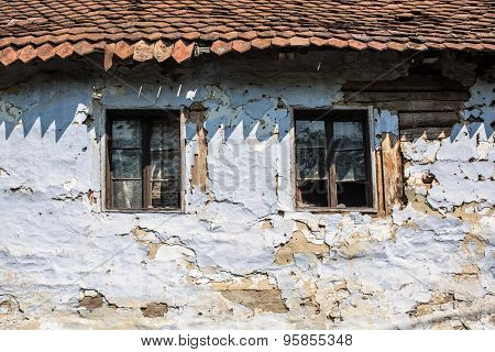 Old House Windows.