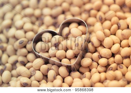 Soy Beans In Heart Box Shape Pastel
