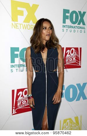 SAN DIEGO - JUL 10:  Lesley-Ann Brandt at the 20th Century Fox Party Comic-Con Party at the Andaz Hotel on July 10, 2015 in San Diego, CA