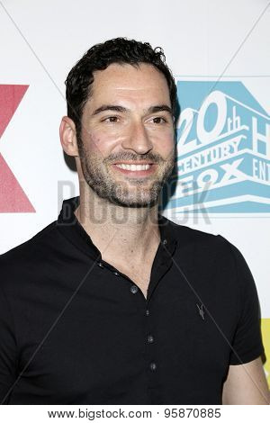 SAN DIEGO - JUL 10:  Tom Ellis at the 20th Century Fox Party Comic-Con Party at the Andaz Hotel on July 10, 2015 in San Diego, CA