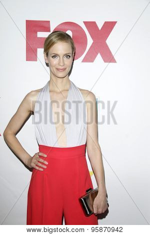 SAN DIEGO - JUL 10:  Laura Regan at the 20th Century Fox Party Comic-Con Party at the Andaz Hotel on July 10, 2015 in San Diego, CA
