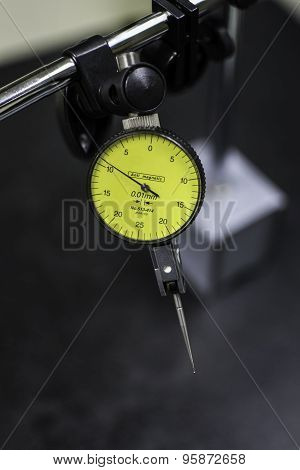 Measurement Tool is Dial Gauge