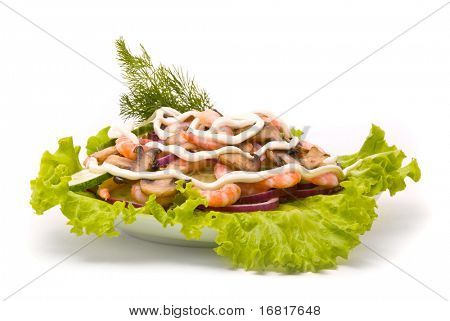Salad from shrimps with field mushrooms