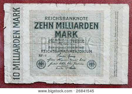 Hyper inflation german money - 10 billion marks!