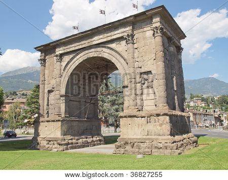 Arch of August Aosta