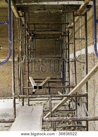Interior de una casa en construcción