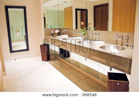 luxuriöse Toilette