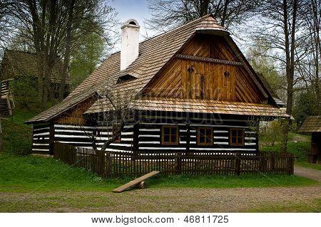 Eine alte volkstümliche Architektur.