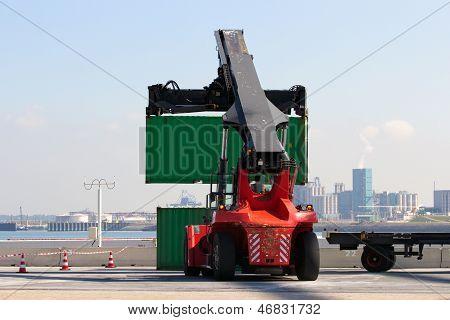 Container Handler