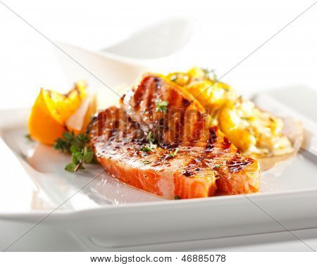 Grilled Salmon with Roasted Cauliflower and Cream Sauce