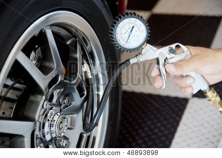 Checking Air Pressure In Tire