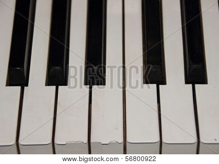 One Octave On Old Piano With Broken Key