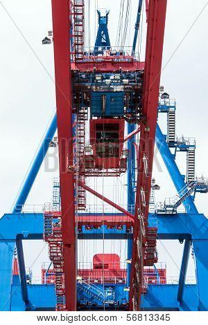 Container-bridge