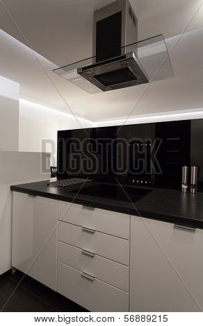 Minimalist Apartment - Cooker