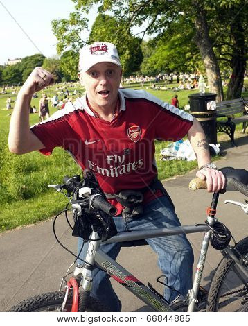 Arsenal supporter with his bike