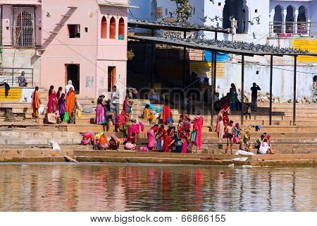 Pushkar, India - November 18: People At Ritual Washing In The Holy Lake On November 18,2012 In Pushk