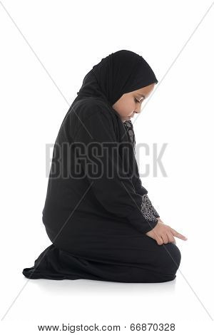 Young Muslim Girl Praying Sideview