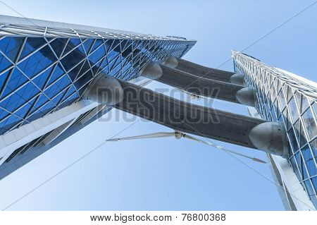 Bahrain World Trade Center Facade With Wind Turbines
