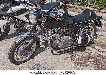 Vintage Italian Motorbike Laverda 750 Sf