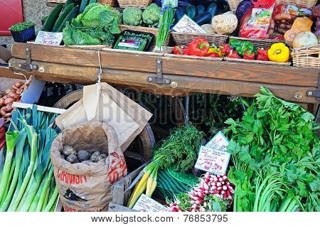 Fresh vegetables for sale, Broadway.