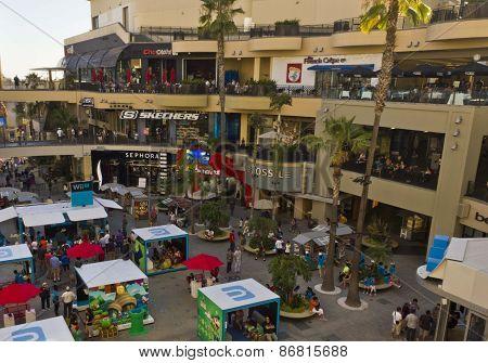 Hollywood & Highland Shopping Center