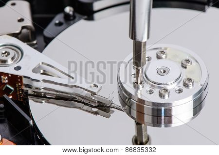 Disassemble Hard Disk Drive