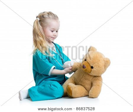 child girl playing doctor