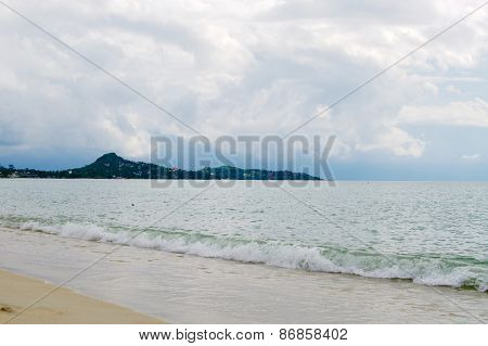 Morning on Lamai beach, Koh Samui, Thailand.