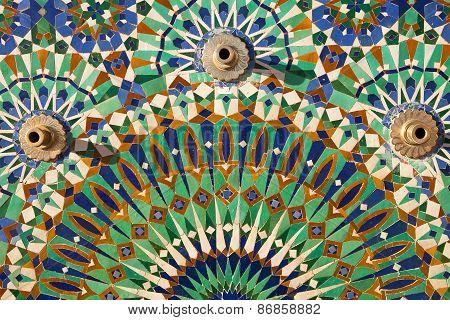 Hassan II Mosque : Exterior mosaic