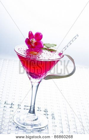 Molecular mixology - Cocktail with caviar and flower petals