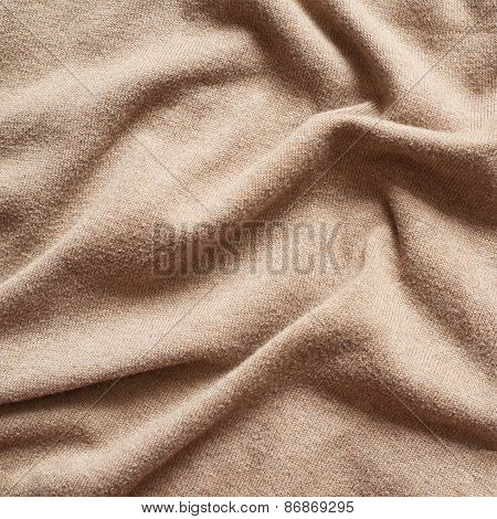 Creased cloth material