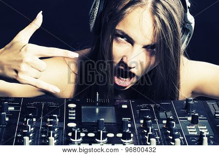 Cool Dj Woman