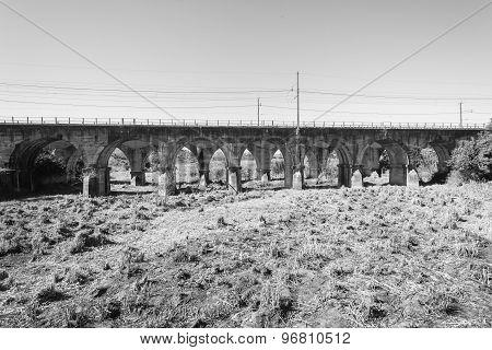 Railway Train Bridges