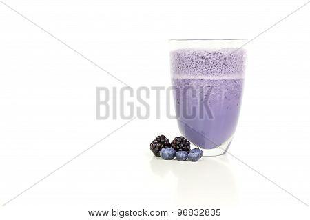Mulberries and raspberries milkshake