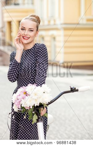 Attractive young girl is traveling across city