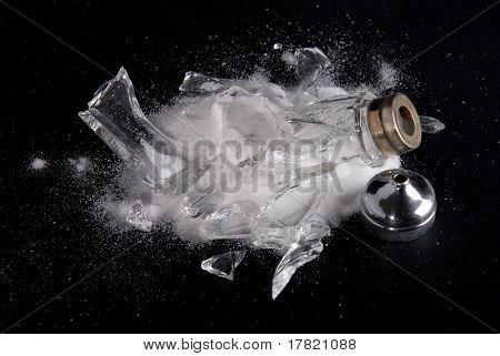 zertrümmert Salz Keller vorgeschlagen zu viel Salz ist schlecht für Sie